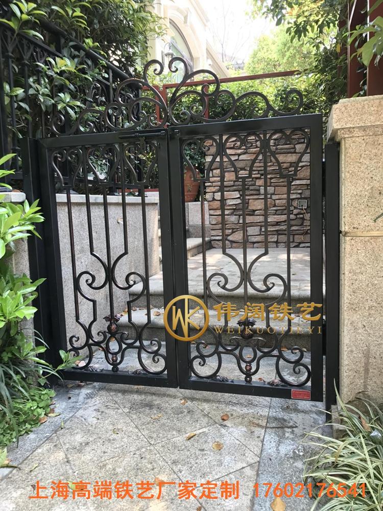 别墅庭院小门