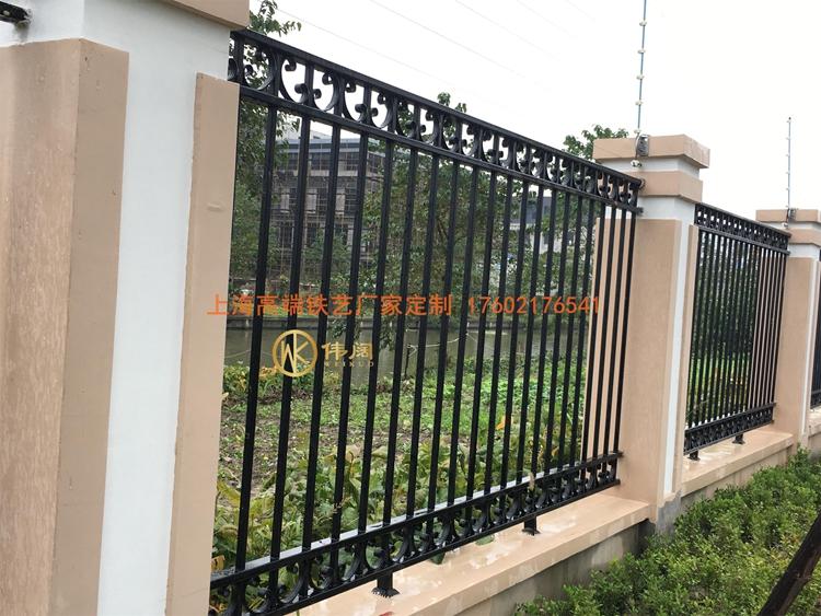 铁艺围墙栏杆042